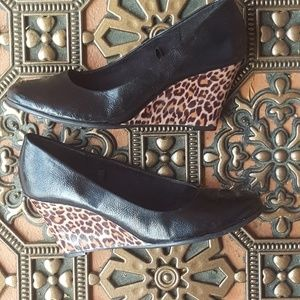 Aerosoles Black and Cheetah / Animal Print Wedge
